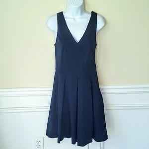 🆕Banana Republic Navy Sleeveless Pleated Dress